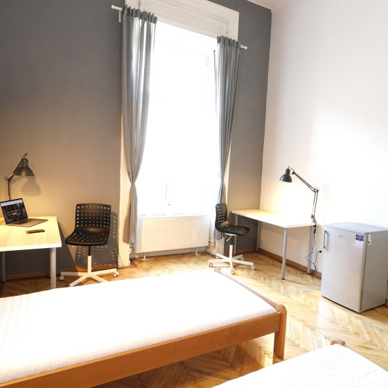 Student_Room_for_rent_in_Budapest_Prague_Room_small
