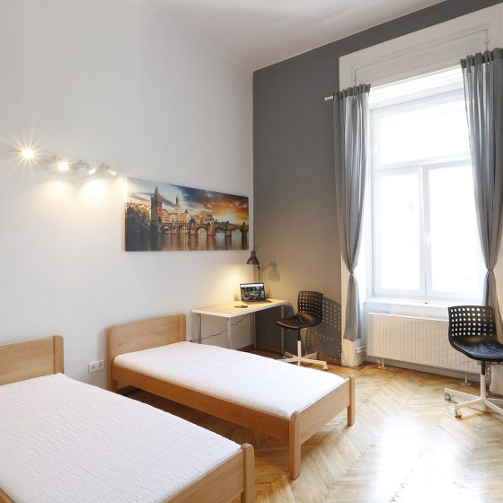 Student_Room_for_rent_in_Budapest_Prague_Room_small_2