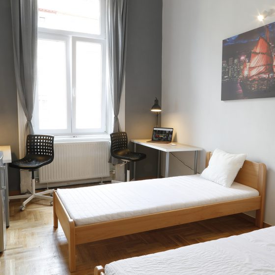 Student_room_for_rent_Budapest_Hong_Kong_room_3