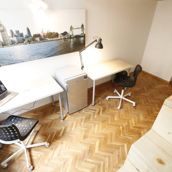 Student_room_for_rent_Budapest_London_room_7