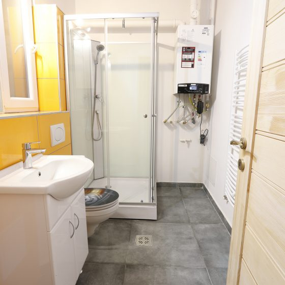 Bathroom_3_Student_room_for_rent_in_Budapest
